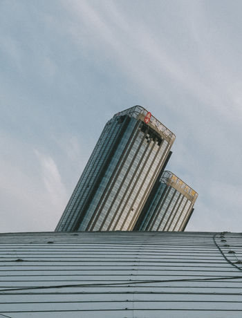 Fire Hazard Architecture Building Building Exterior Built Structure City Cloud - Sky Day Fire Low Angle View Modern Nature No People Office Office Building Exterior Outdoors Pattern Sky Skyscraper Sunlight Tall - High Tower 男仔很忙 金尊府