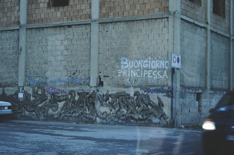 Buongiorno Principessa! Italy Photos Street Art/Graffiti Quote Napoli Street Photography