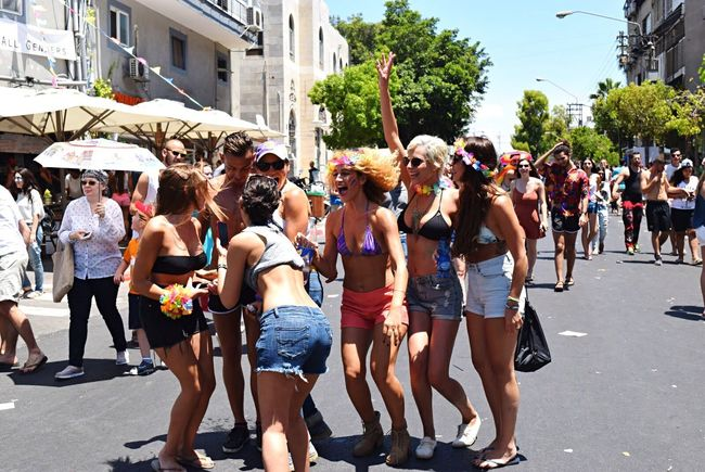 Girl Power Girls Celebration Tel Aviv Israel Happy Happiness Free Freedom Life Summer Streetphotography Street Party Festival Parade Rainbow Colors City Colorfull The Street Photographer - 2016 EyeEm Awards Large Group Of People Young Adult Teenager Fun