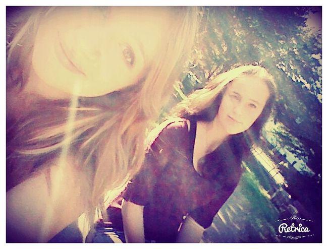 Friends ❤ That's Me Love Meine