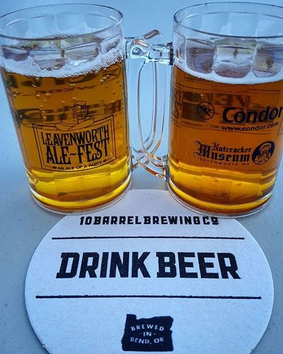 10 Barrel took good care of me at Ale Fest 2016 last weekend. 10barrel Bendoregon Bendbrewingco Leavenworth Alefest2016 WestCoast Oregon Myoregon PNW Oregonexplored EasternWashington Washington