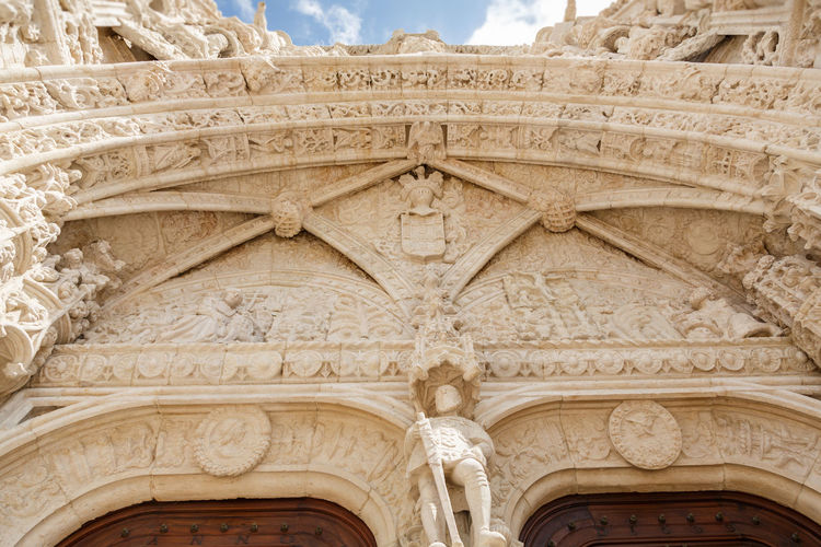 Arch Architectural Column Architecture Architecture And Art Art And Craft Bas Relief Building Building Exterior Built Structure Carving Carving - Craft Product Craft Creativity Day Design History Jeronimos Monastery Low Angle View No People Ornate Representation Stone Material The Past Travel Travel Destinations