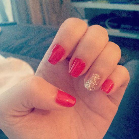 Lovely Christmasnails Mani Manicure Shellac Iyarahongkong Pamperday Glitter