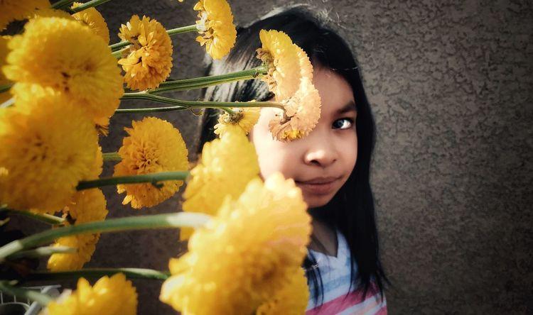 Niece flower portrait photography