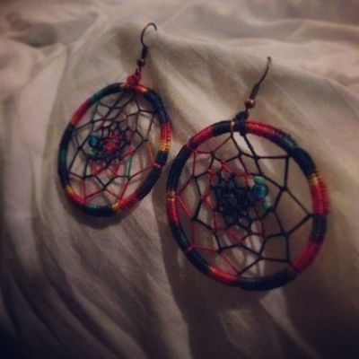 archanabagaria 100daysofhappiness Day15 Happiness1 Happinessis Accessories Jewellery JunkJewellery Junk Earrings Dreamcatcher Circle Thread Art Design Colourful Colours Colors Dream Live Love Happiness