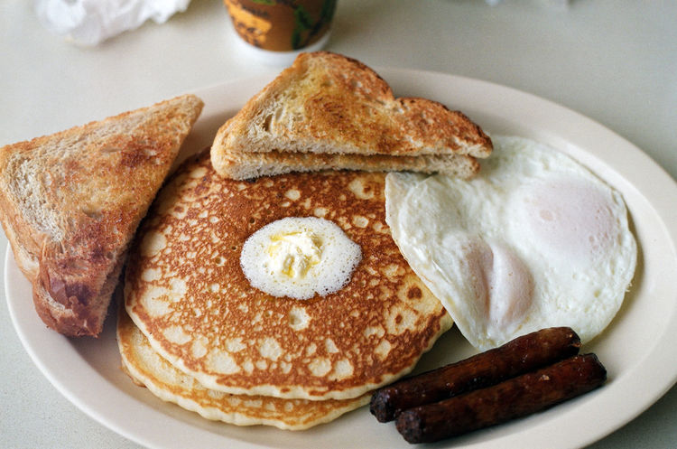 American Breakfast Breakfast Breakfast Breakfast Time Butter Delicious Delicious Food Eating Eggs Food Freshness Indulgence Meal Pancakes Plate Plate Of Food Ready-to-eat Sausages Serving Size Sweet Food Syrup Temptation Toast Yum Yummy Yummy♡