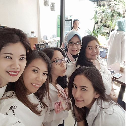 Arisan Ex IMLC's Moms 2nd Round, part 1. At SRSLY Coffee Shop, Cipete Raya. Friends By ITag Arisan Ex IMLC's MOMs By ITag ImpressiveMindsMoms Arisan Ex IMLC's Moms 1 By ITag