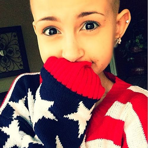 Follow @teenytinytaliaxo please she wants 10k for talia show your support and press that button! Talianator Taliaslegacy Tenkfortalia