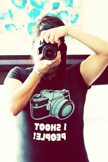 Love when I get random gifts from the hubbs... hence the Shirt. IShootPeople Canon Photographylife