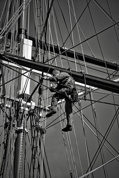 Adult Balance Cable Danger Day EyeEm LOST IN London Full Length Hardhat  Headwear Low Angle View Maintenance Engineer Manual Worker Occupation One Person Outdoors People Real People RISK Rope Skill  Sky Window Washer Working