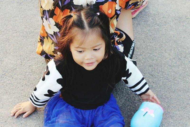 ลูกสาว EyeEm Selects Child Childhood Children Only One Person One Girl Only People Girls