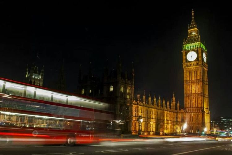 London Traveling Long Exposure