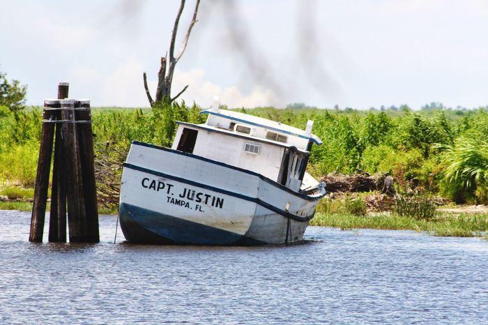 Beached Fishing Boat, Clewiston Florida Old Boat Lakeshore Lake Okeechobee Trawler Aground Boat Aground Clewiston