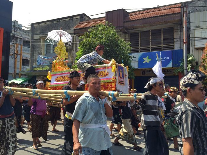 Balinese funeral ceremony Asian Culture IPhoneography Culture People