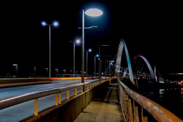JK bridge, Brasília. Learn & Shoot: After Dark Brasil Brasília Nightphotography Nikon Pontejk Nikonphotography Brazil
