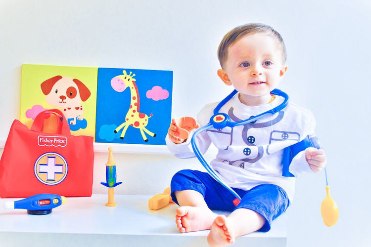 Baby Doctor Babies Only Baby Babyhood Bebe Childhood Cute Doctor  Feliz Happy Indoors  Infancia Innocence Juguetes Medicina Medico Niño One Person People Portrait Smiling Toys