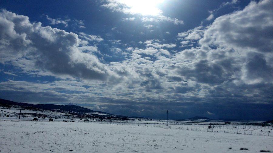 Snow ❄ Freezing ❄ Winter Sun Colors Blue White Eyeem Photography Nature Photography Enjoying Nature Best EyeEm Shot Beautiful Natural Beauty Nature Mantagne