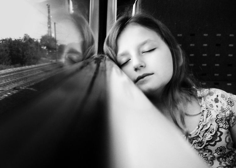 Black And White On The Move Shootermag The Human Condition The Portraitist - 2015 EyeEm Awards