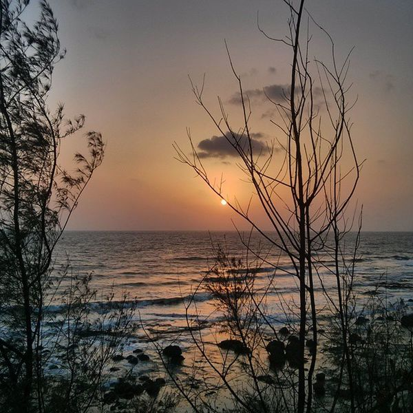 I just love the moment I was in .. Sunset Ladghar_beach Arabiansea Konkan Konkandiaries Sea Picoftheday Tagsforlikes Followforfollow Sunset_madness Nature Seaside