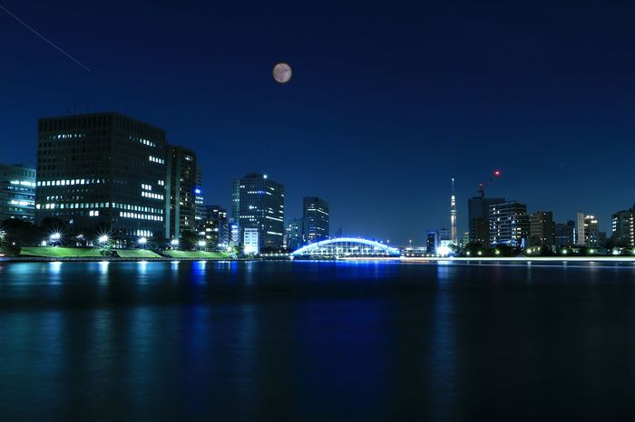 Night Illuminated Moon Reflection Modern Illuminated Bridge Moon River Sumidariver Skytree Tokyoskytree Reflection Landscape Tokyo Japan Nightphotography Nightscape Nightview Bridge Eitai Bridge