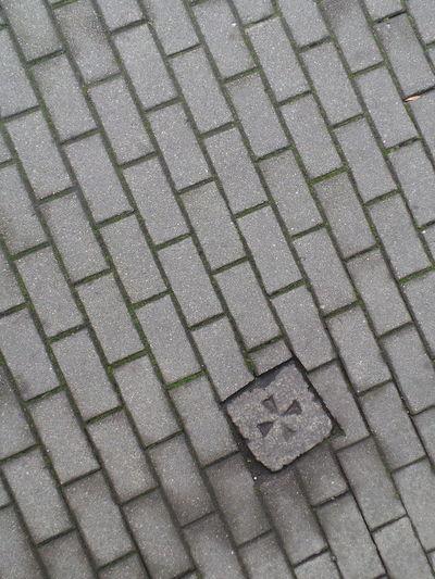 Bürgersteig Cobblestone Cross Footpath Gehsteig Gehweg Kreuz  Leipzig Maltese Cross Malteserkreuz Pattern Pavement Paving Stone Paving Stones Pflasterstein Pflastersteine Sidewalk Texture Textured  Textures And Surfaces Walkway