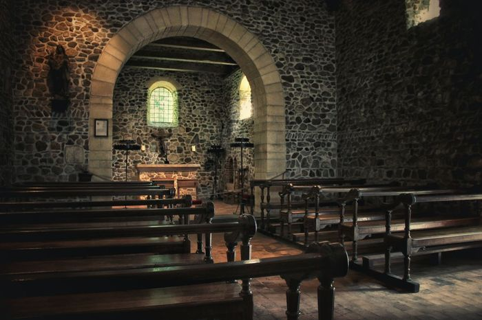 Chapel Holyplace Indoors  Empty Wooden Chair Place Of Worship Architecture Brick Wall Holy Mary Light And Shadow Being Creative. Expressing Myself. Mysterious EyeEm Vision EyeEm EyeEm Gallery Canon 600D StillLifePhotography Relax ForTheLoveOfPhotography Popular Photo Wondering January 2017 Belgium
