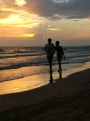 เพื่อน Sunset Friends Friendship Taking Photos Enjoying Life Hello World Holiday Thailand