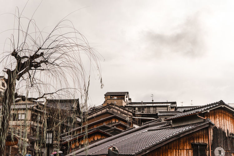 the old town Beautiful Destinations EyeEm Best Shots Historic House Kiyomizu-dera Main_vision Rooftop Sky And Clouds TCPM Travel