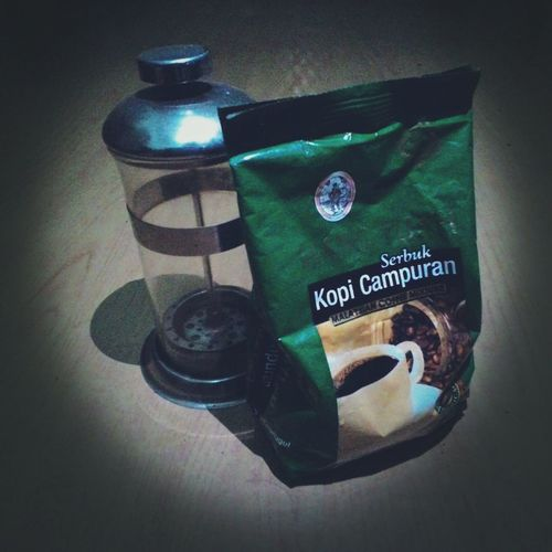 Gift from my sister ... Ngupi...Ngupi .. Taking Photos Coffee Coffee At Home Latenightcoffee Liberica Giftsfromfamily