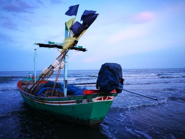 Nautical Vessel Sea Water Transportation Sky Horizon Over Water No People Day Outdoors Nature Close-up Boat