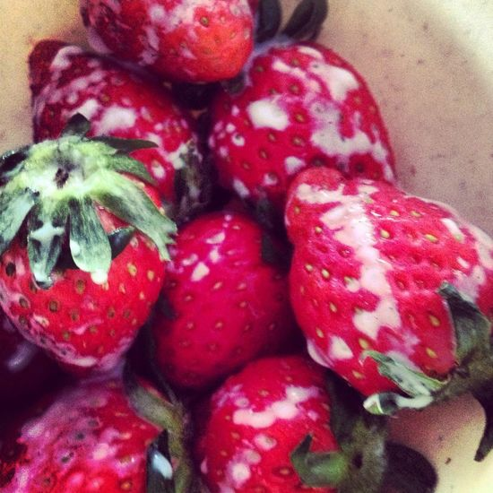 Strawberries for tea time earlier this afternoon. Eating Strawberry Strawberries Catchherfart