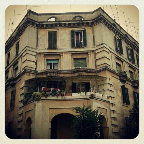 Palazzo Dabbasso a Garbatella