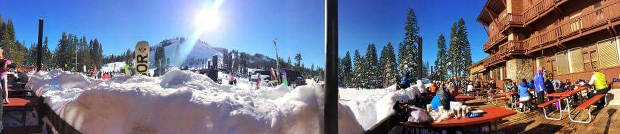Panoramic Sugarbowl Snow ❄ Snowboarding Friends Hey :)