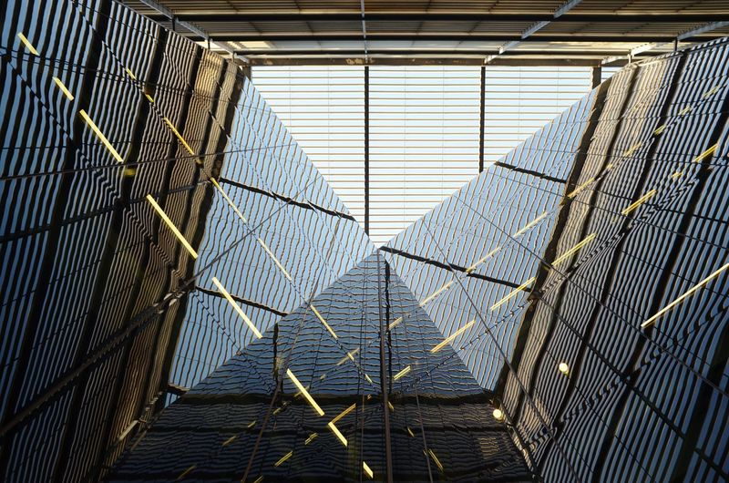 Architecture Glass Reflection Glass Panel Glass Panes Top View Top Perspective Mypointofview Cage Protection Exterior Office Block Building Exterior Building Grid The Architect - 2018 EyeEm Awards
