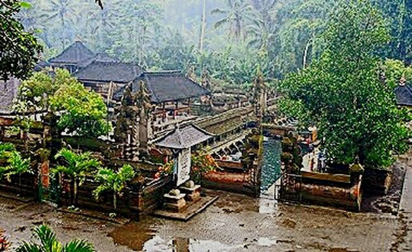 Travel Photography Pura Tirta Empul in Bali Eyeem Indonesien Enjoying Traveling Relaxing Hello World ✌