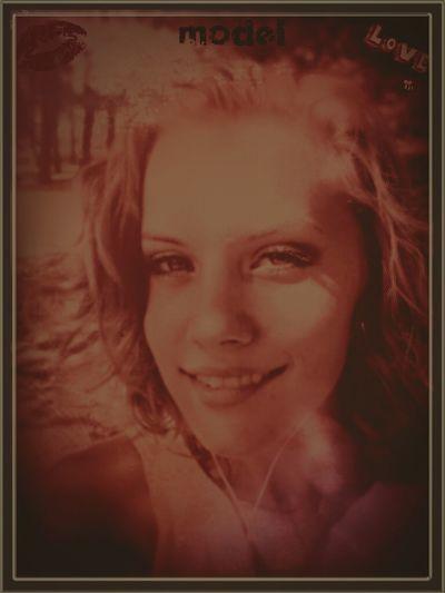 Katie Doodle in The Road Less Travelled: EyeEmBestPics Photoshopped Cutie Acid Trip Originalwork I Am The Artist Originaldesign Beautiful Girl Digital Painting EyeEm Best Shots - People + Portrait Avant-garde  #hypnotic #hypnotizing #hallucinatory #trippy #strangeland #hottiestatus #red forrest #katherine flintosh #wonderland #twilightzone #twinpeaks #headshot #bigbiggerbiggest