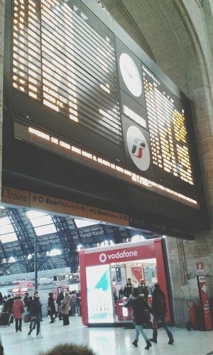 Si ritorna a casa Taking Photos Train Treno Train Station Stazione Comeback Go Back To Home Fine Del Viaggio
