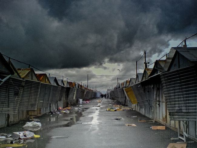 Oldmarket Vilnius Darkclouds Deadseason