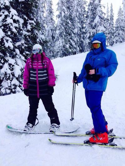 På g hem efter grymma dagar i sälen med bäste brudarna! Sälen ♡ Lindvallen Snowboarding Brudvecka