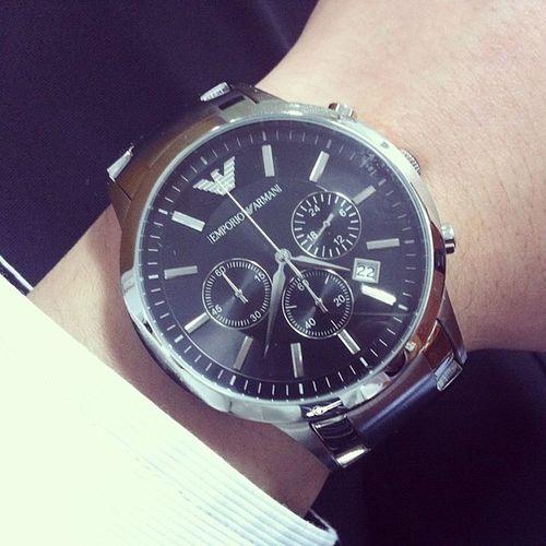 알마니 시계 값어치한다 엠포리오 문안 디자인손목시계