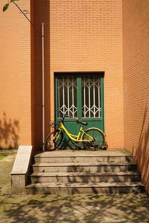 Bike Bicycle Outdoors Building No People Transportation Architecture Building Exterior Built Structure Mode Of Transport Stationary Day Land Vehicle Bicycle Rack
