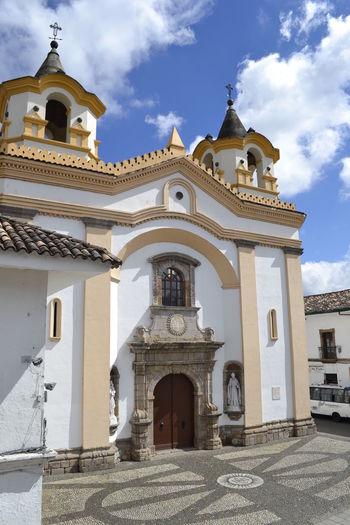 Church Colonial