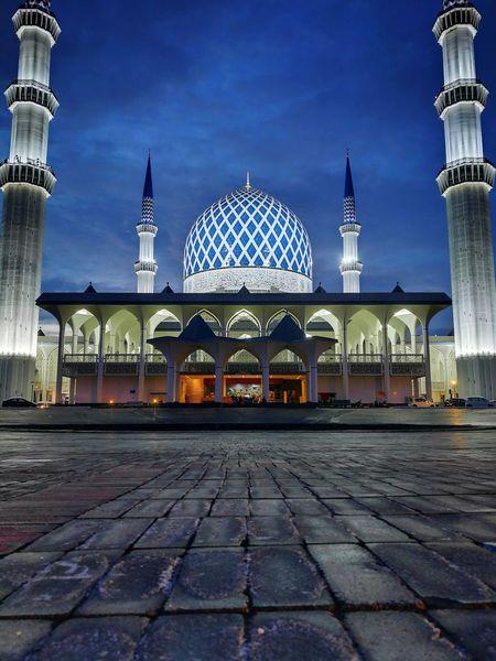 Mosque of Shah Alam Muslim Islam Religion Mosque Masjid Shah Alam Salahuddin Abdul Aziz Shah Blue Towers Cityscape Building Exterior Illuminated Outdoors