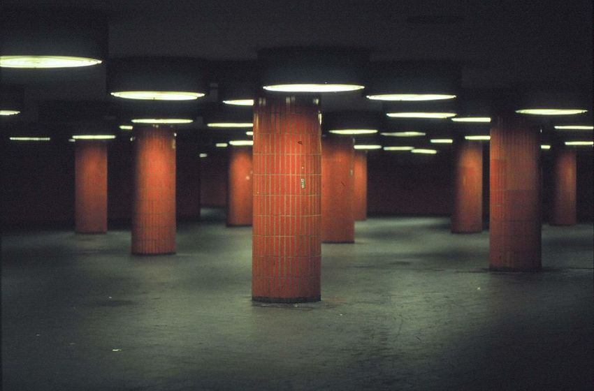 Underground passage, Messe Berlin 35mm Kodak color film 35mm Film Berlin Deutschland ICC Messe Berlin Underground Passage Architecture Basement Film Photography Filmisnotdead Germany No People Underground West Berlin EyeEmNewHere