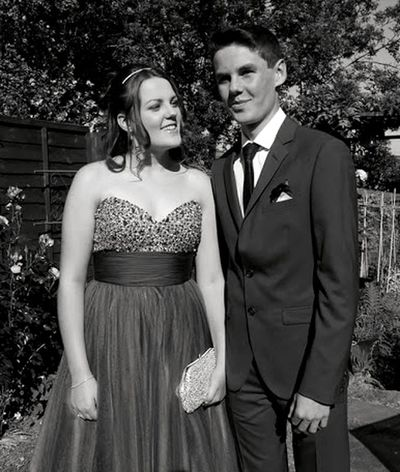 Twin love - my babies 💙💗 Two People Love Young Women Young Adult Dress Lifestyles Person Affectionate Formalwear Summer Togetherness Outdoors Portrait Bonding Vertical Adult People Young Man Twins Sibling Love Black & White Ladyphotographerofthemonth Femalephotographerofthemonth Monochrome Photography