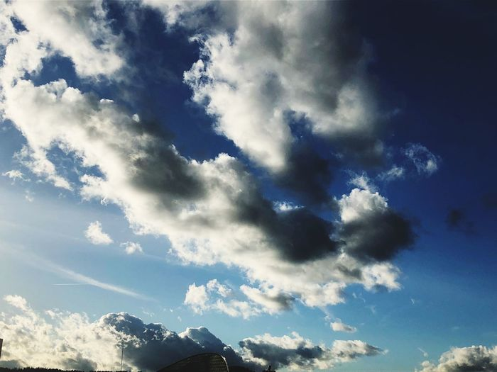 Sky Cloud - Sky Nature Low Angle View Beauty In Nature Backgrounds Scenics EyeEmNewHere