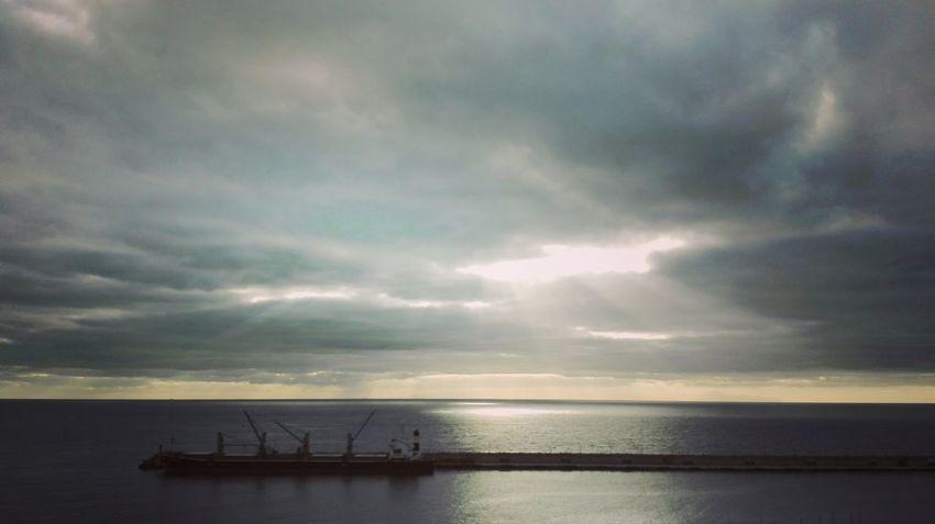 Arrastrarte de las visceras de tus miedos hacia el infinito de una renaciente sonrisa Reflexiones EyeEmBestPics Nature Beautiful Nature Sky_collection Skyporn Clouds And Sky Clouds Cloudporn Nature_collection Naturelovers Quesuerteviviraqui Santa Cruz De Tenerife