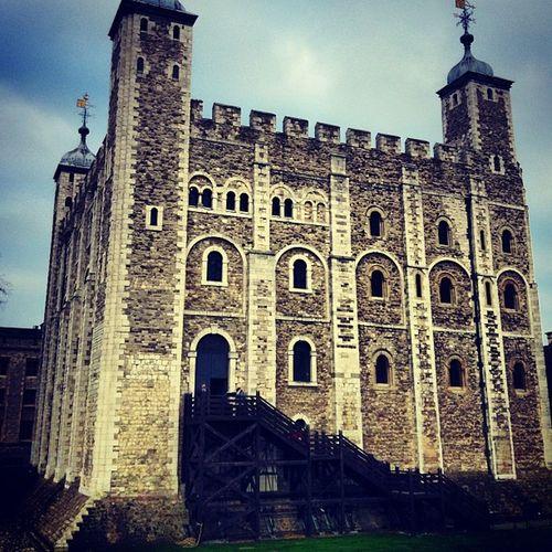 Oh hey Toweroflondon ...seen Anneboleyn lately? Torture Beheadings henryviii