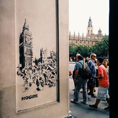 Compare and contrast. Streetart Parliament Government Sw1 London Curiouscreatives LDN Iglondon Iglondoners Vscophile Vscolondon Vscocam VSCO