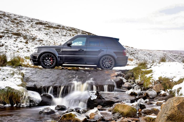 Cars Rangerover Range Rover Sport Land Rover Car Rock - Object Environment Water Crash Motion Nature Power In Nature Waterfall No People Adventure Alternative Energy Outdoors Mountain Beauty In Nature Day Sky Shades Of Winter